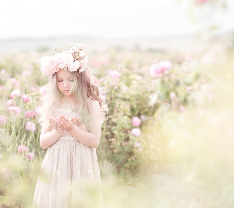 花をイメージする名前 【杏】…花は美しく、丸くて小さなかわいい果実をつける杏