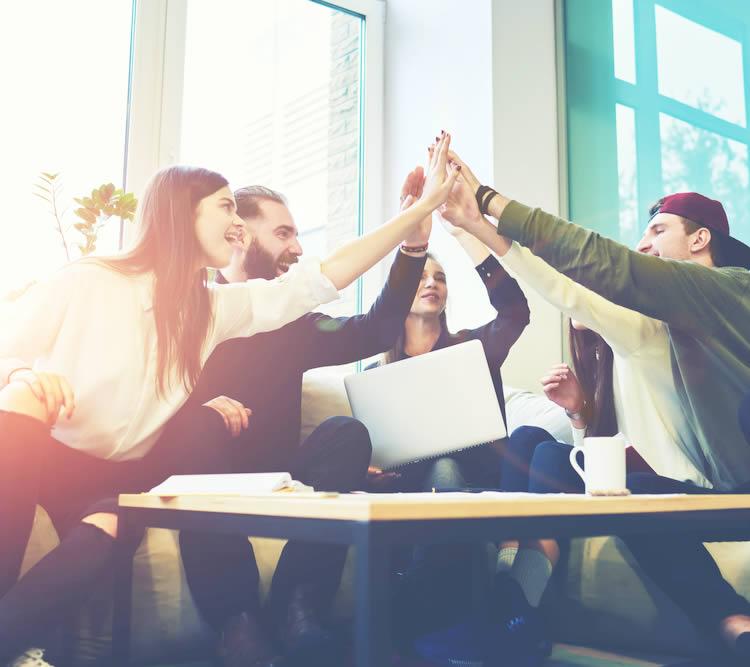 仕事・ビジネスのお祝いに関する四字熟語・名言・ことわざ