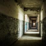 鈴鹿市の廃墟で少年死亡。元パチンコ店廃屋で深夜に探検中に…