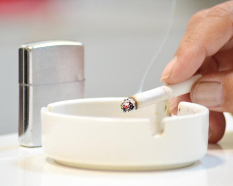 ルノアールも禁煙に!